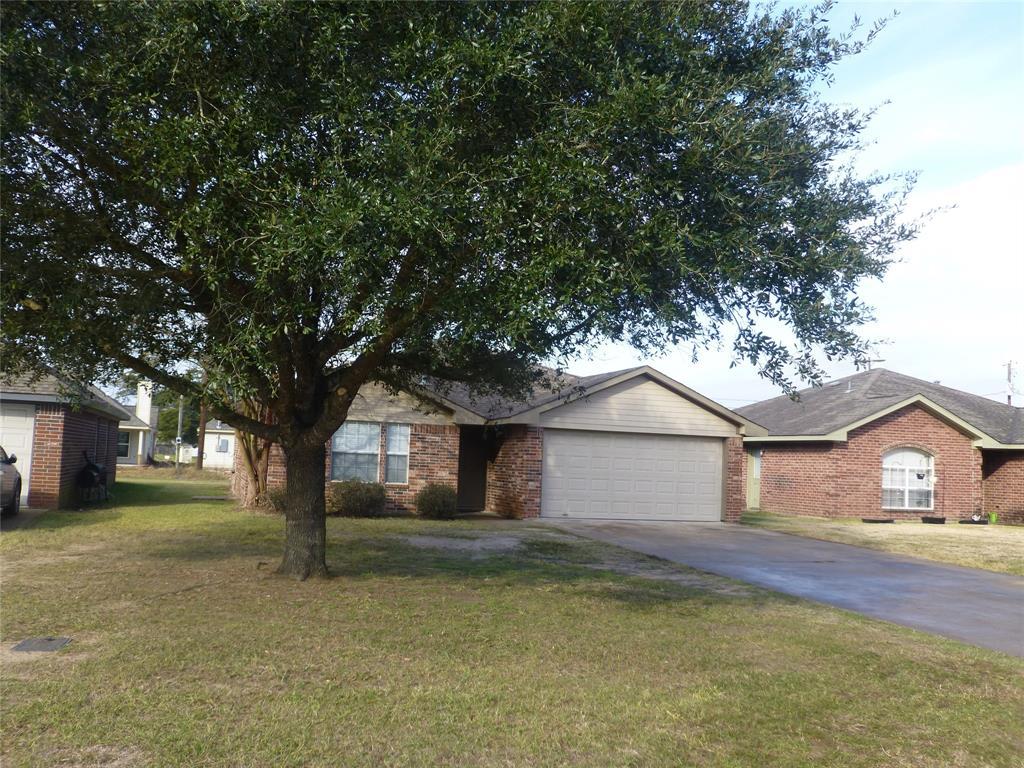 2115 2nd Street, Hempstead, TX 77445 - Hempstead, TX real estate listing