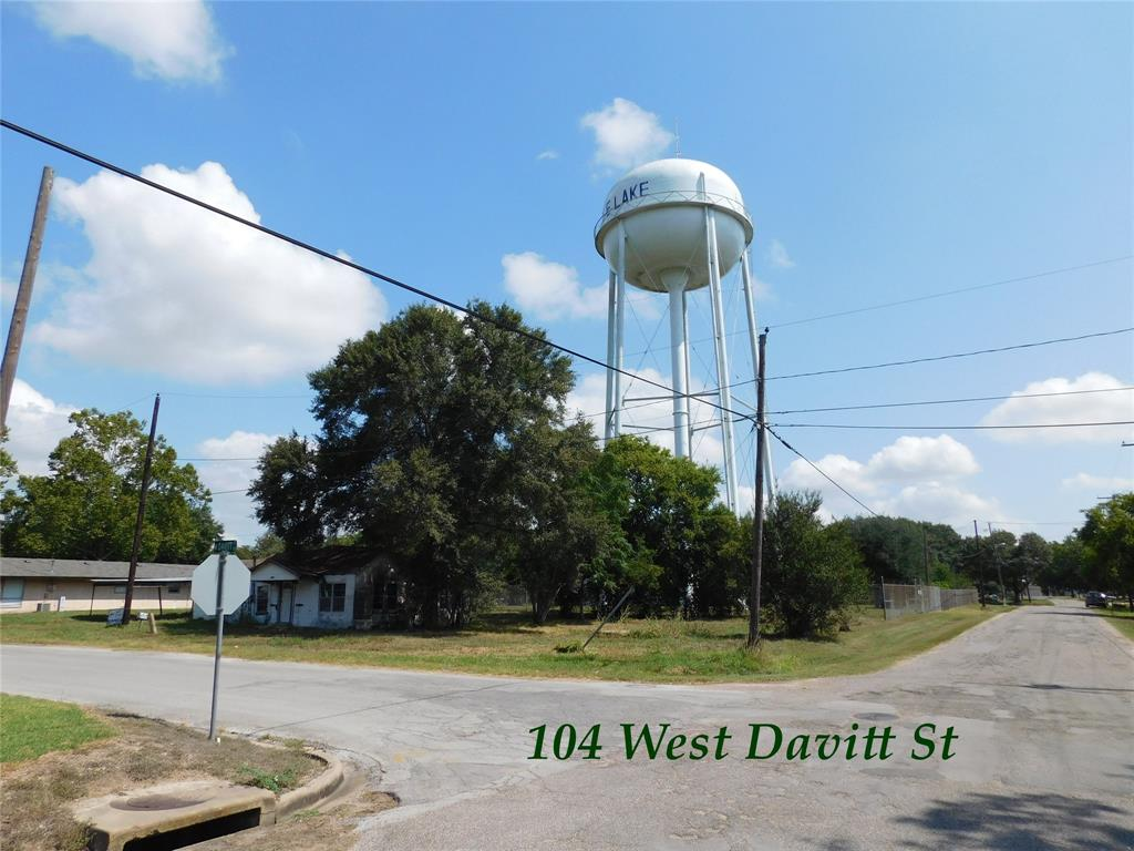 104 Davitt W, Eagle Lake, TX 77434 - Eagle Lake, TX real estate listing