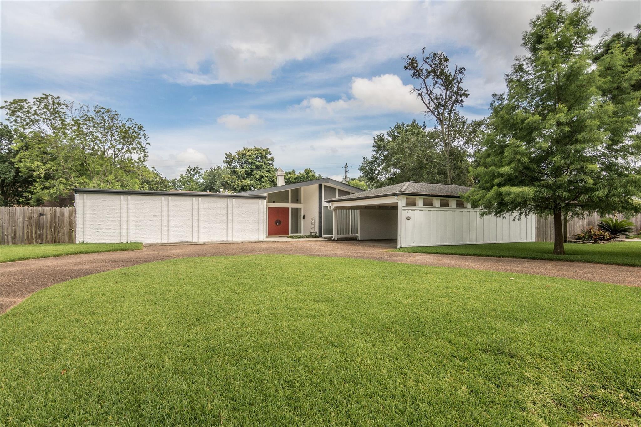 104 Lakeshore Drive Property Photo - El Lago, TX real estate listing