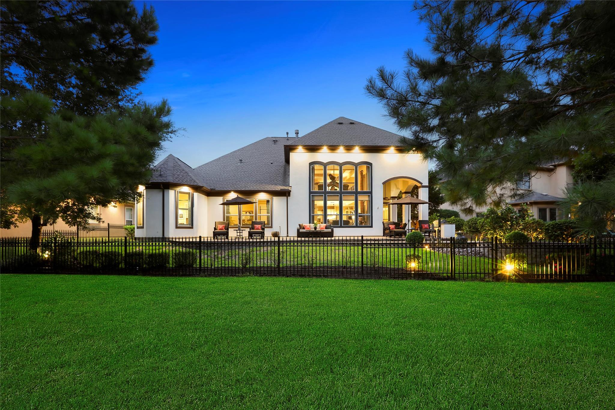 2711 N Cotswold Manor Drive Property Photo - Houston, TX real estate listing