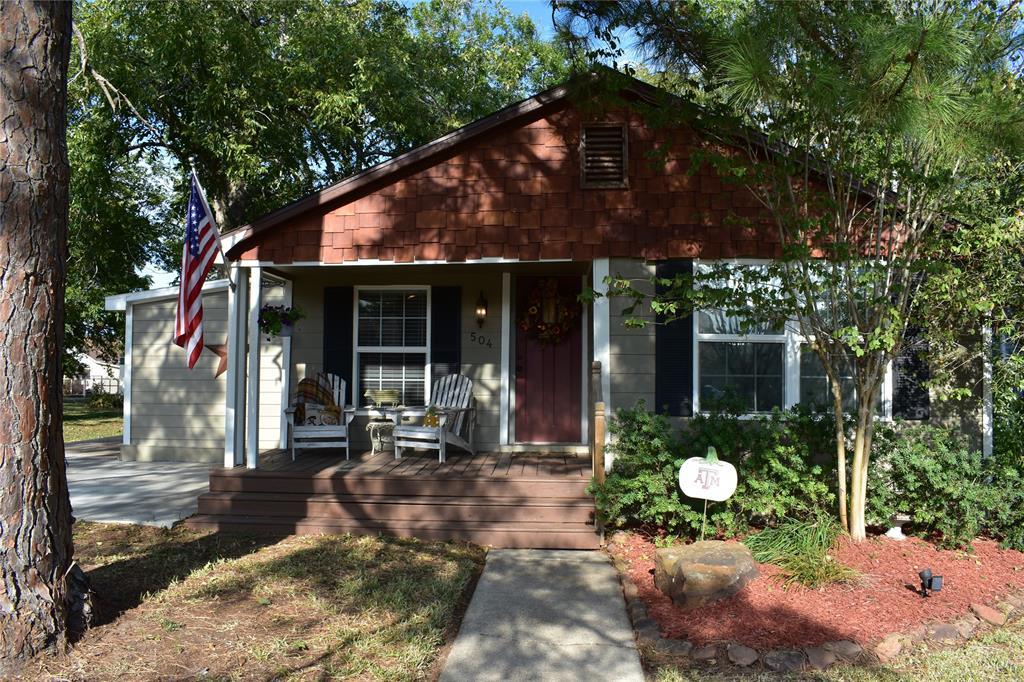 504 Ed Linn Street, Edna, TX 77957 - Edna, TX real estate listing