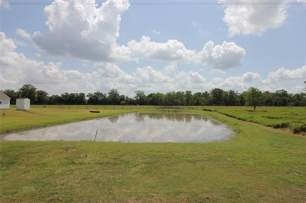 000 Sparks Road Property Photo - Boling, TX real estate listing