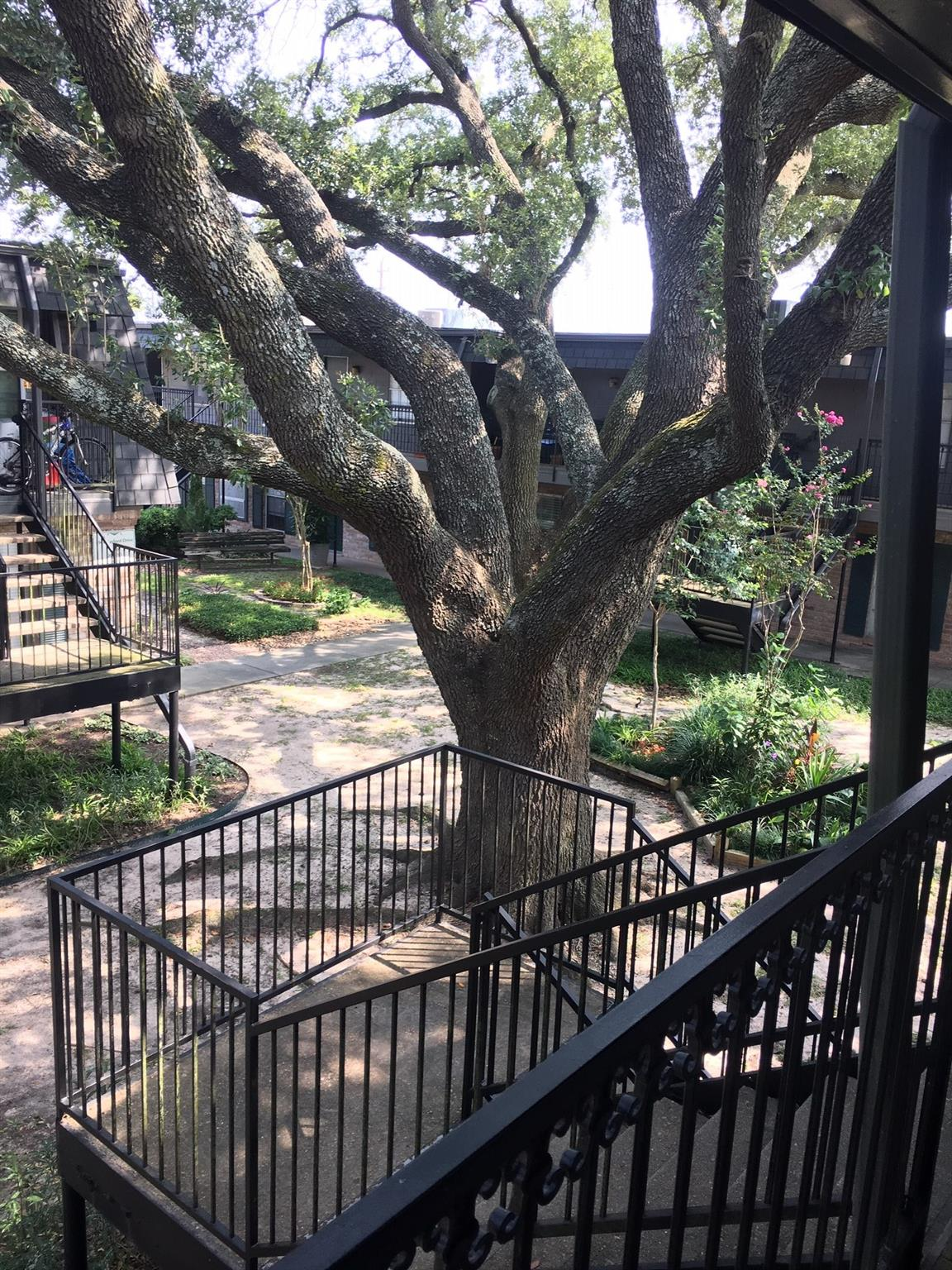 8933 Gaylord Drive #172 Property Photo - Hedwig Village, TX real estate listing