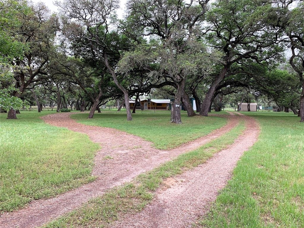 1138 S Forest Oaks Road Property Photo - Altair, TX real estate listing