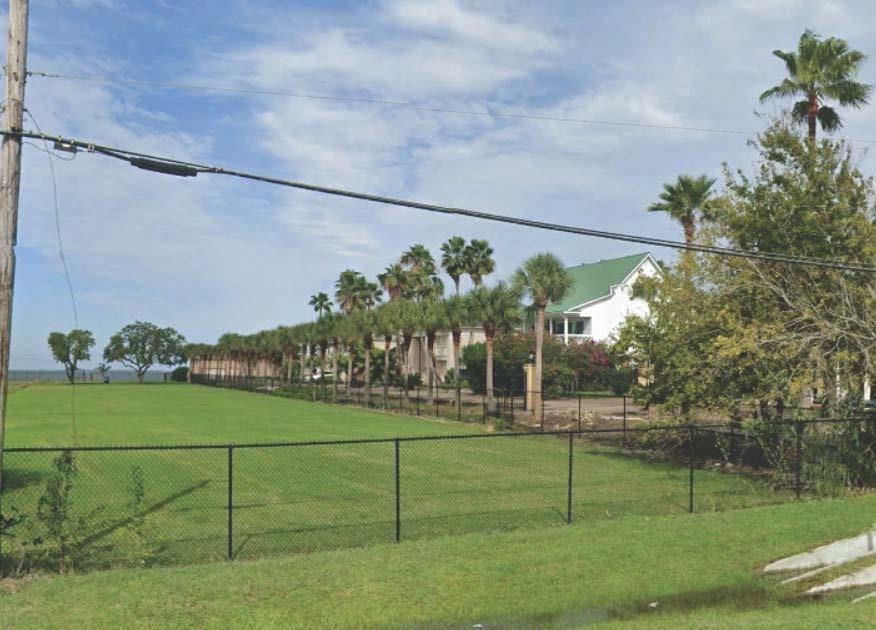 2273 E Bayshore Drive Property Photo
