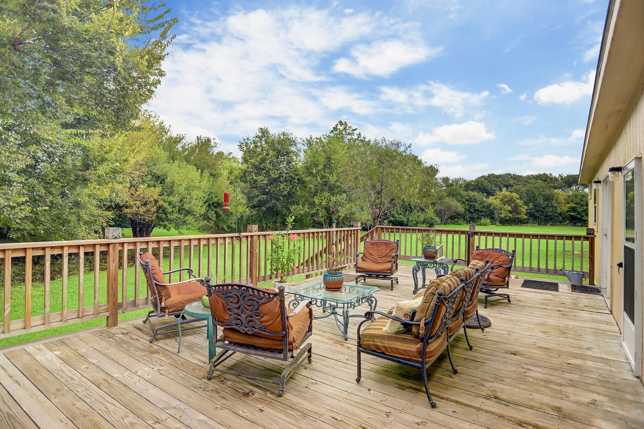 650 W Dallas Street Property Photo - Fresno, TX real estate listing