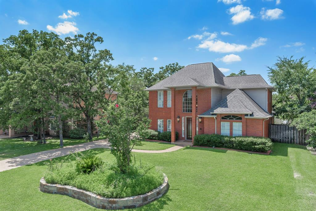 4740 Renwick Drive, Bryan, TX 77802 - Bryan, TX real estate listing