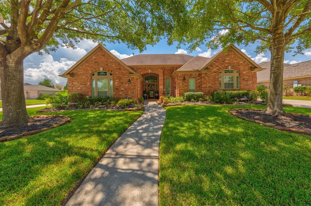 4203 Copper Creek Property Photo - Baytown, TX real estate listing