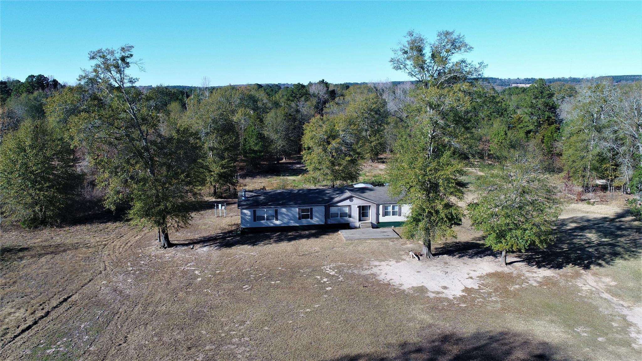 2323 Fm 1817 Property Photo - Elkhart, TX real estate listing