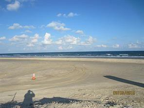 106 Yucca Avenue Property Photo - Surfside Beach, TX real estate listing
