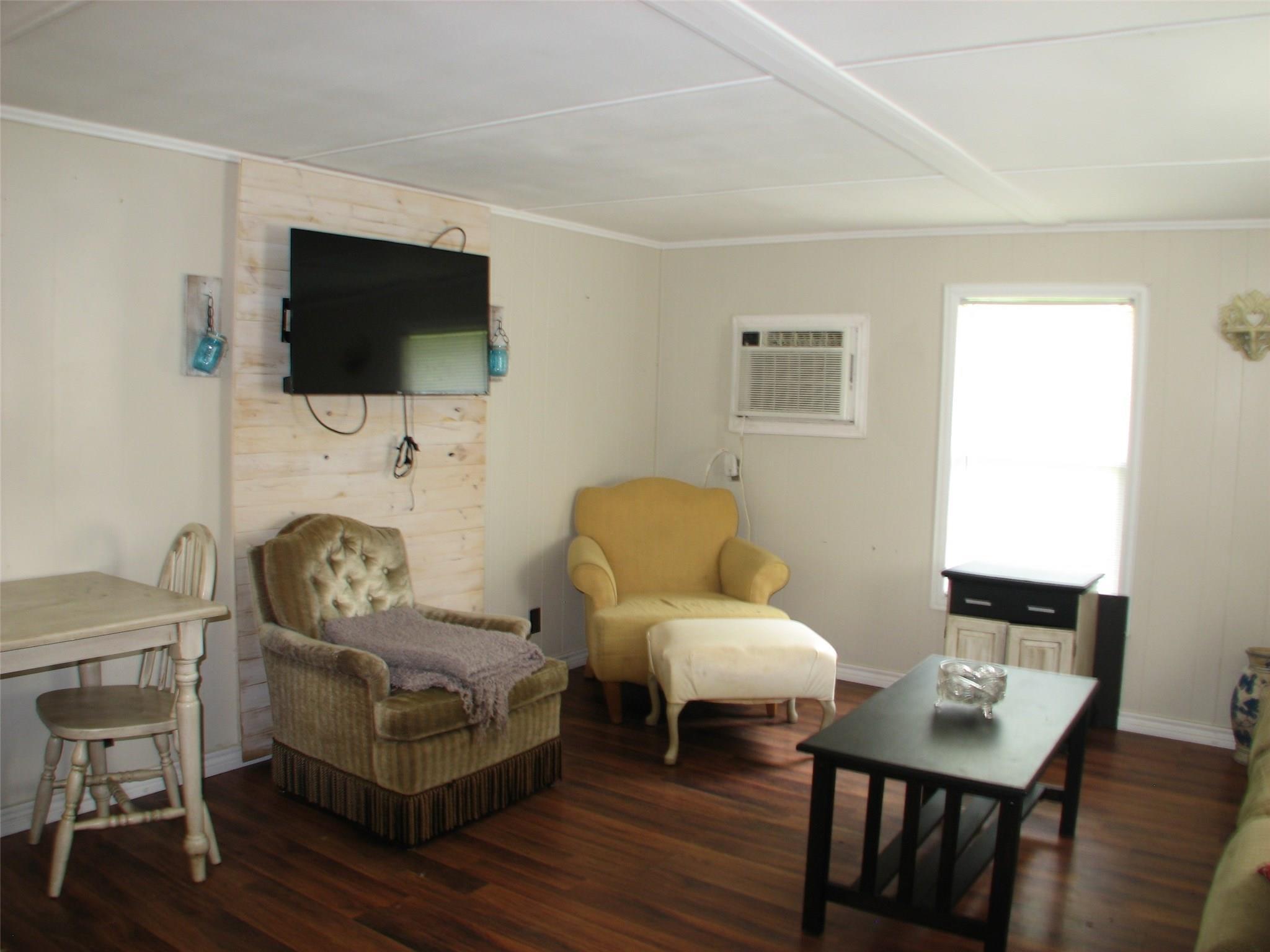 115 Dutch Lake Court Property Photo - Oyster Creek, TX real estate listing
