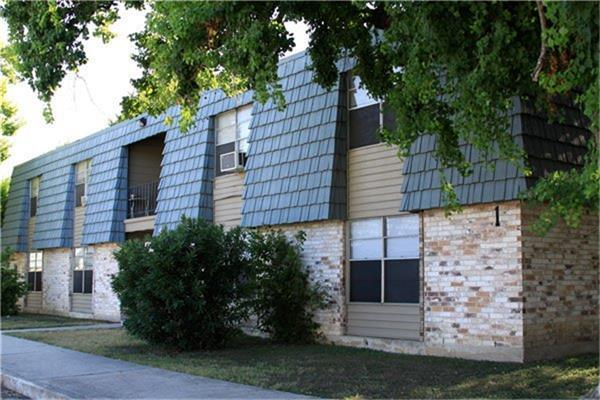 779 W Mayfield Boulevard Property Photo - San Antonio, TX real estate listing