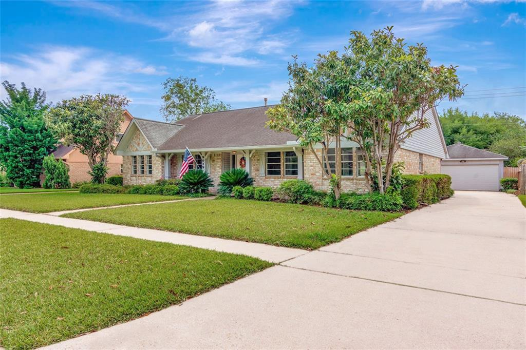 9019 Sterlingame Drive Property Photo - Houston, TX real estate listing