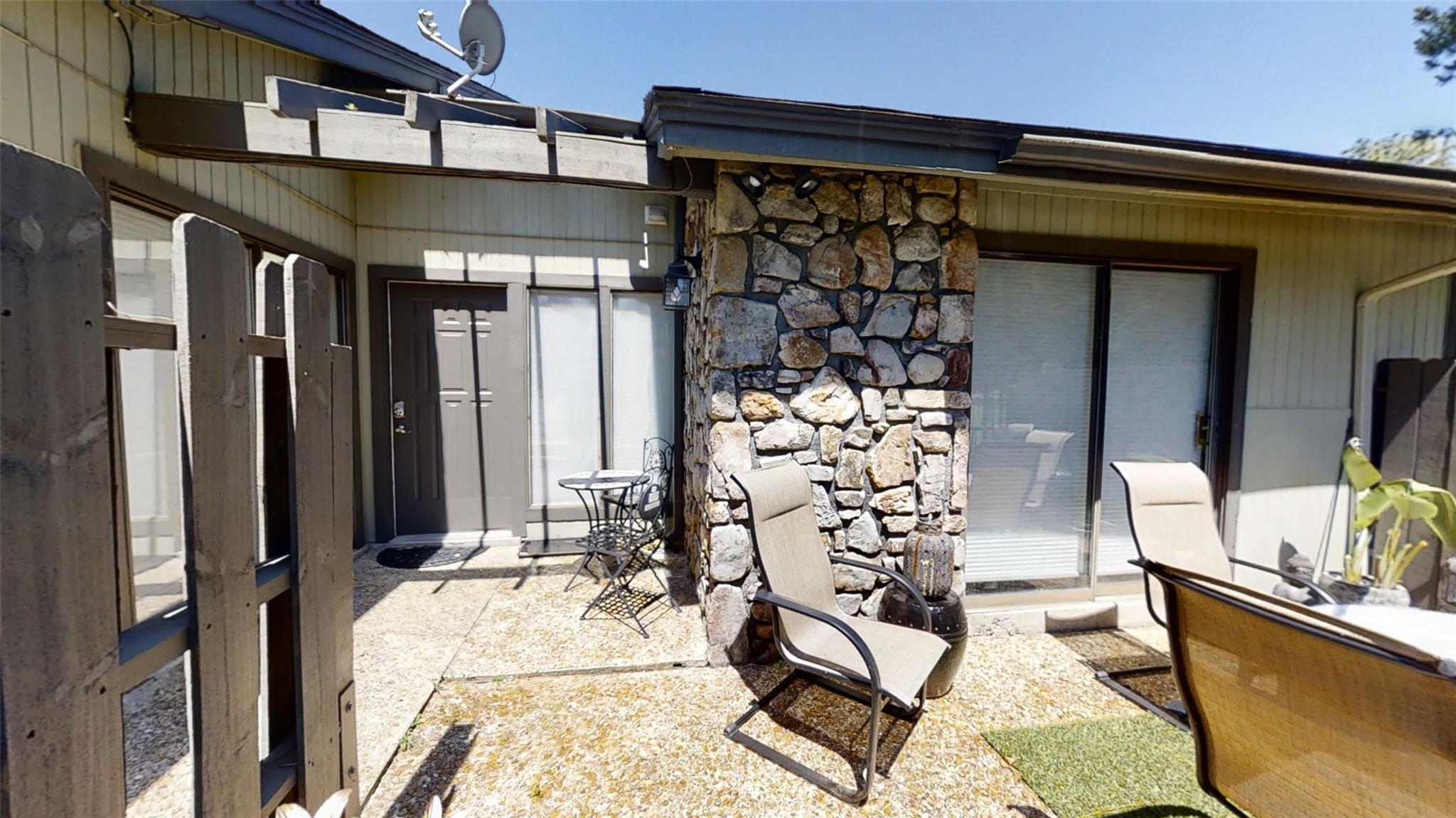 511 Club Walk Villa Property Photo - Brookeland, TX real estate listing