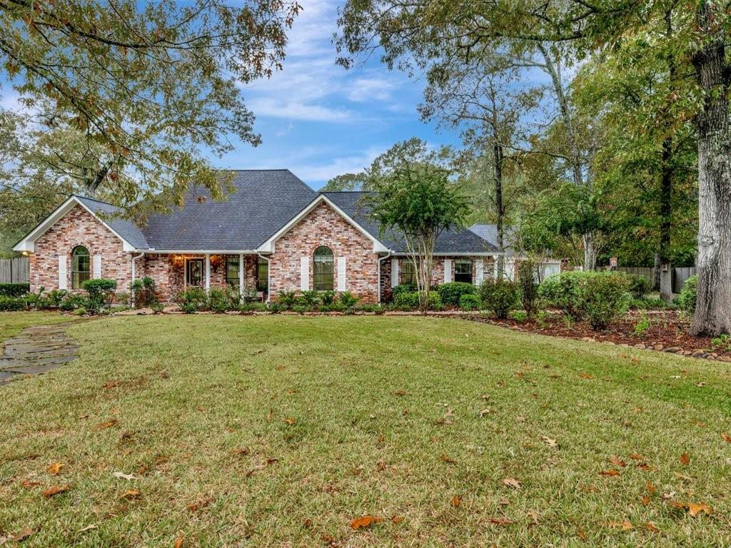 230 King Forest Drive Property Photo - Lufkin, TX real estate listing