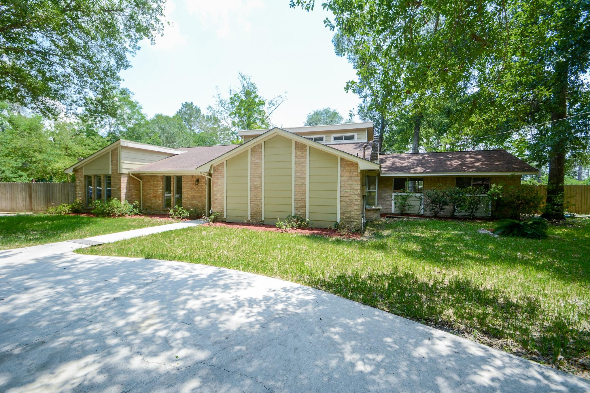 242 Tall Timbers Road Property Photo
