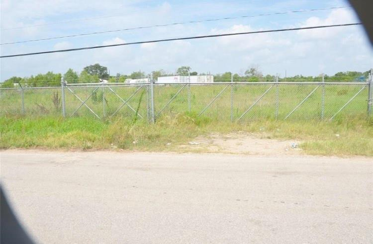 4729 FUQUA, Houston, TX 77048 - Houston, TX real estate listing