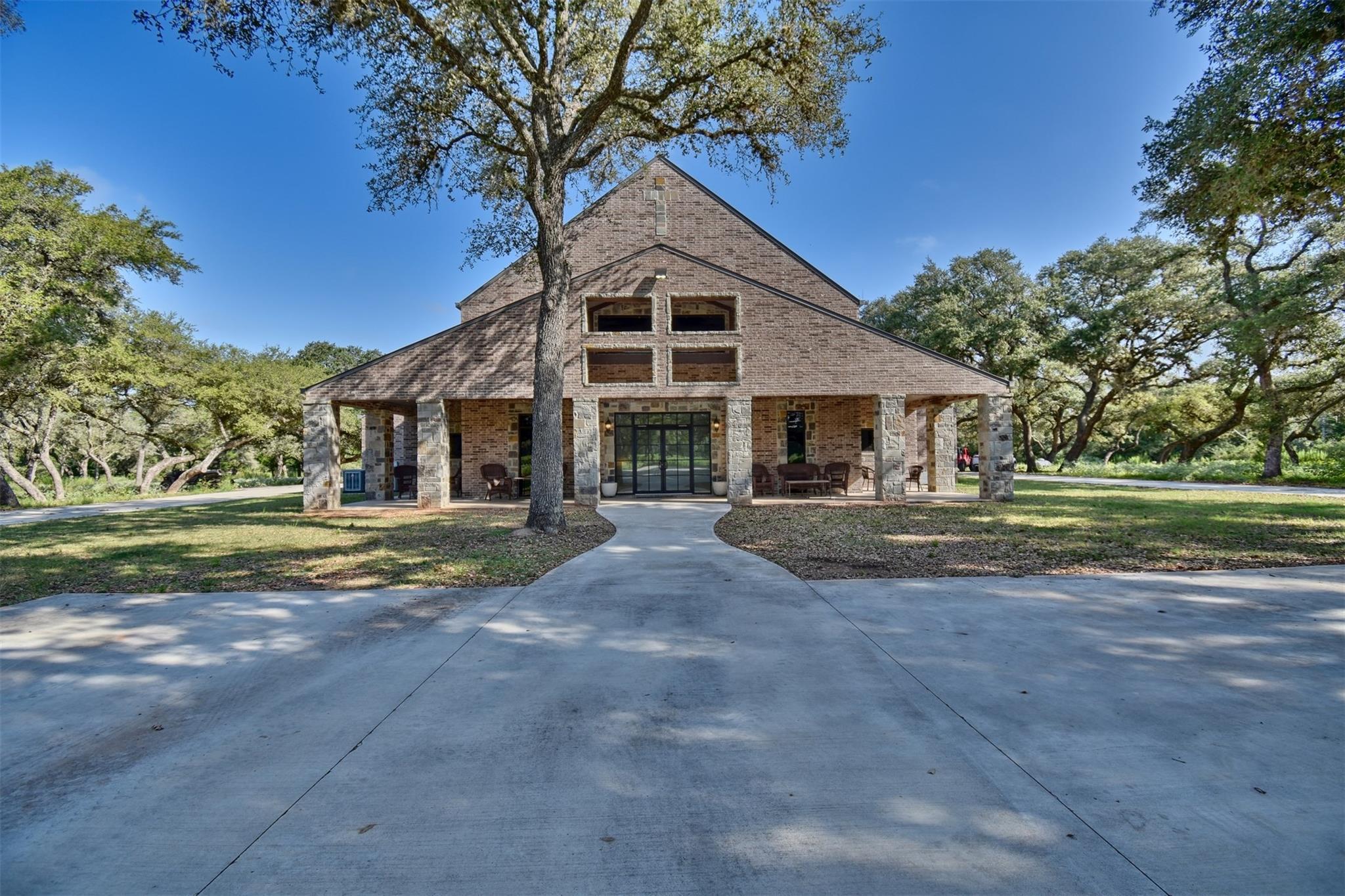 946 Cr 120 Property Photo