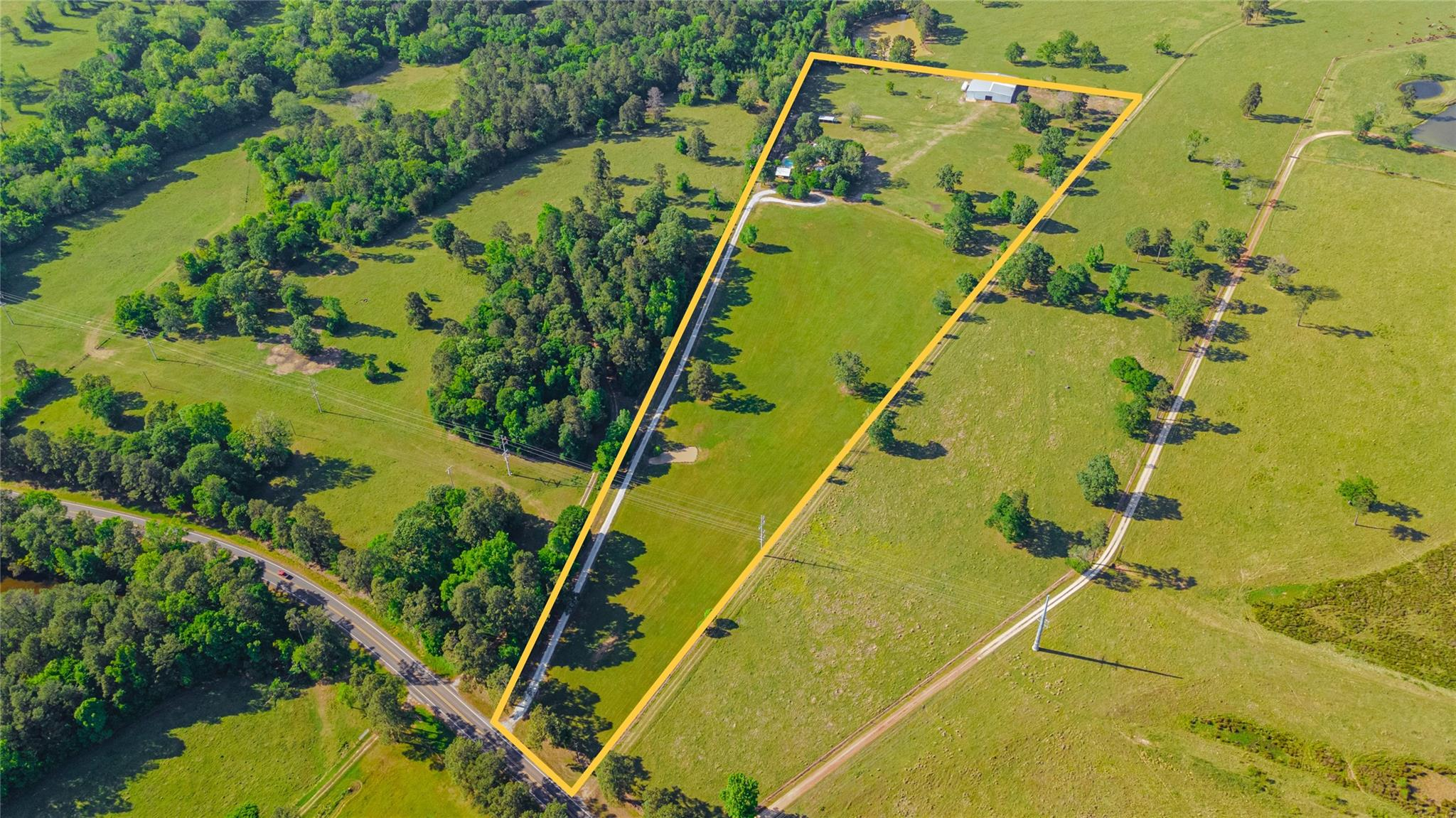 509 State Highway 150 Property Photo 1
