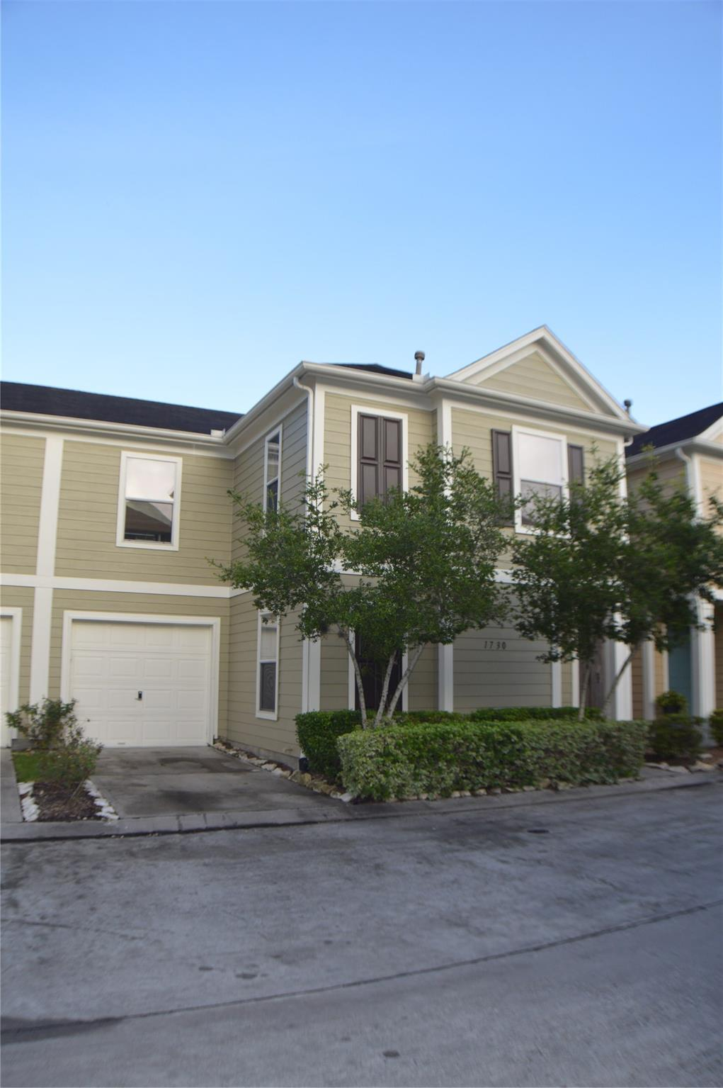 Airline Drive Th Amd Real Estate Listings Main Image