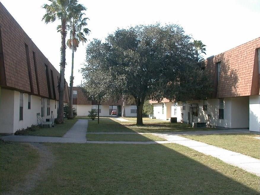 800 General Cavazos Boulevard Property Photo - Kingsville, TX real estate listing
