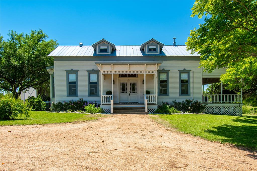 3043 Brushy Road Property Photo - Fayetteville, TX real estate listing