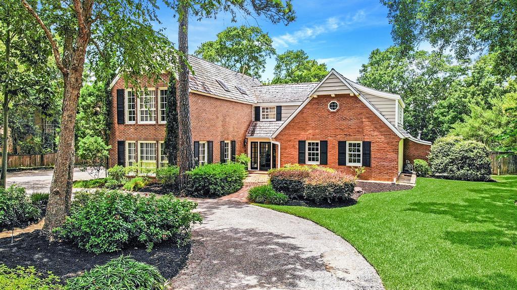311 Lakeshore Drive Property Photo - Taylor Lake Village, TX real estate listing