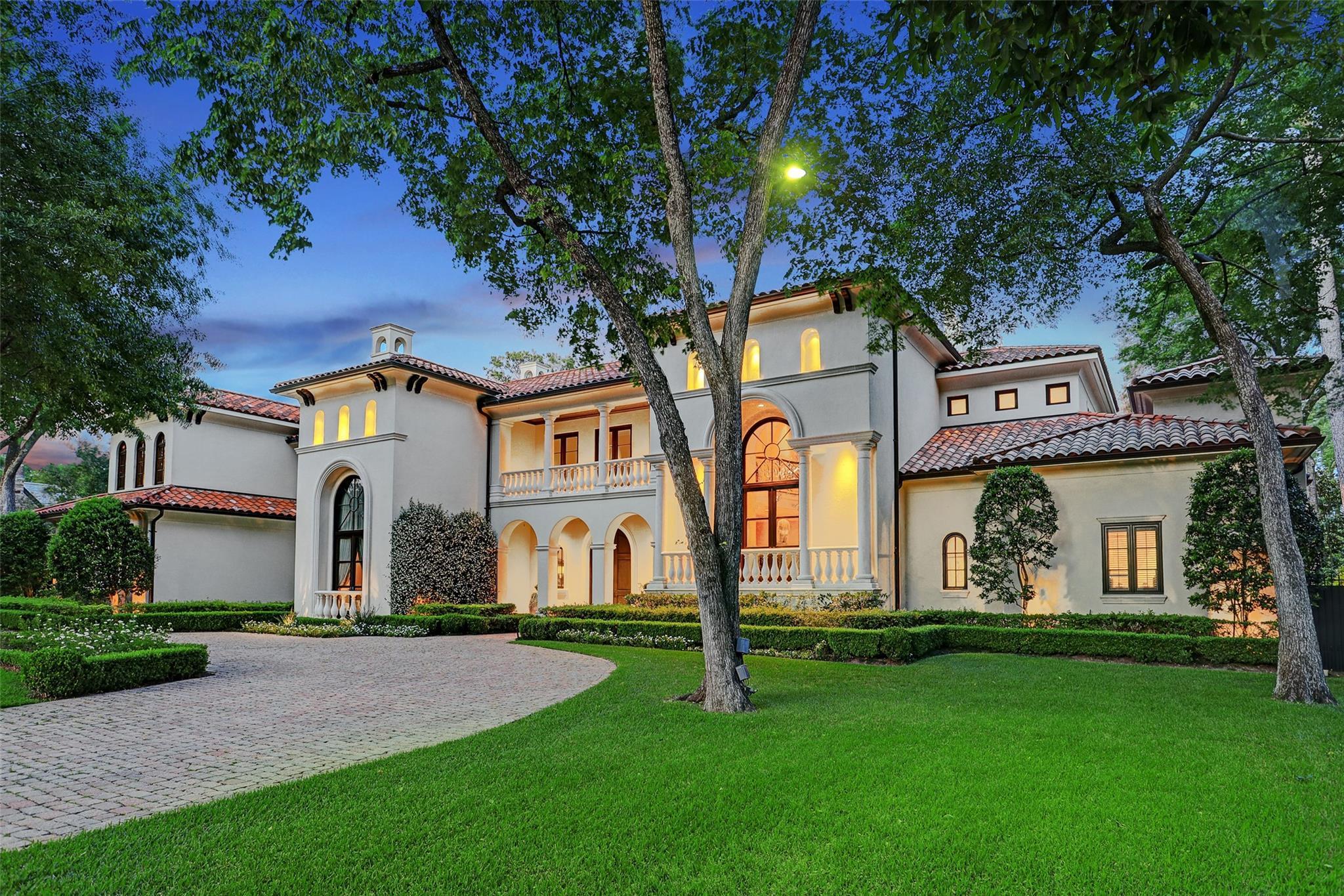 15 Stillforest Street Property Photo - Piney Point Village, TX real estate listing