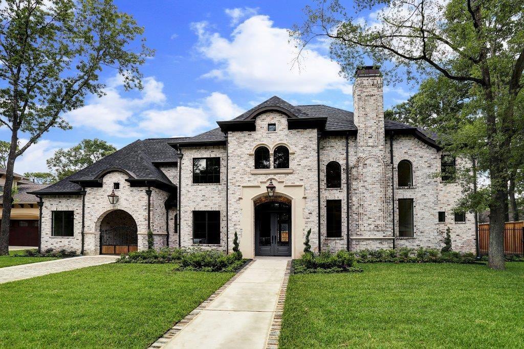 1615 Lynnview Drive Property Photo - Houston, TX real estate listing