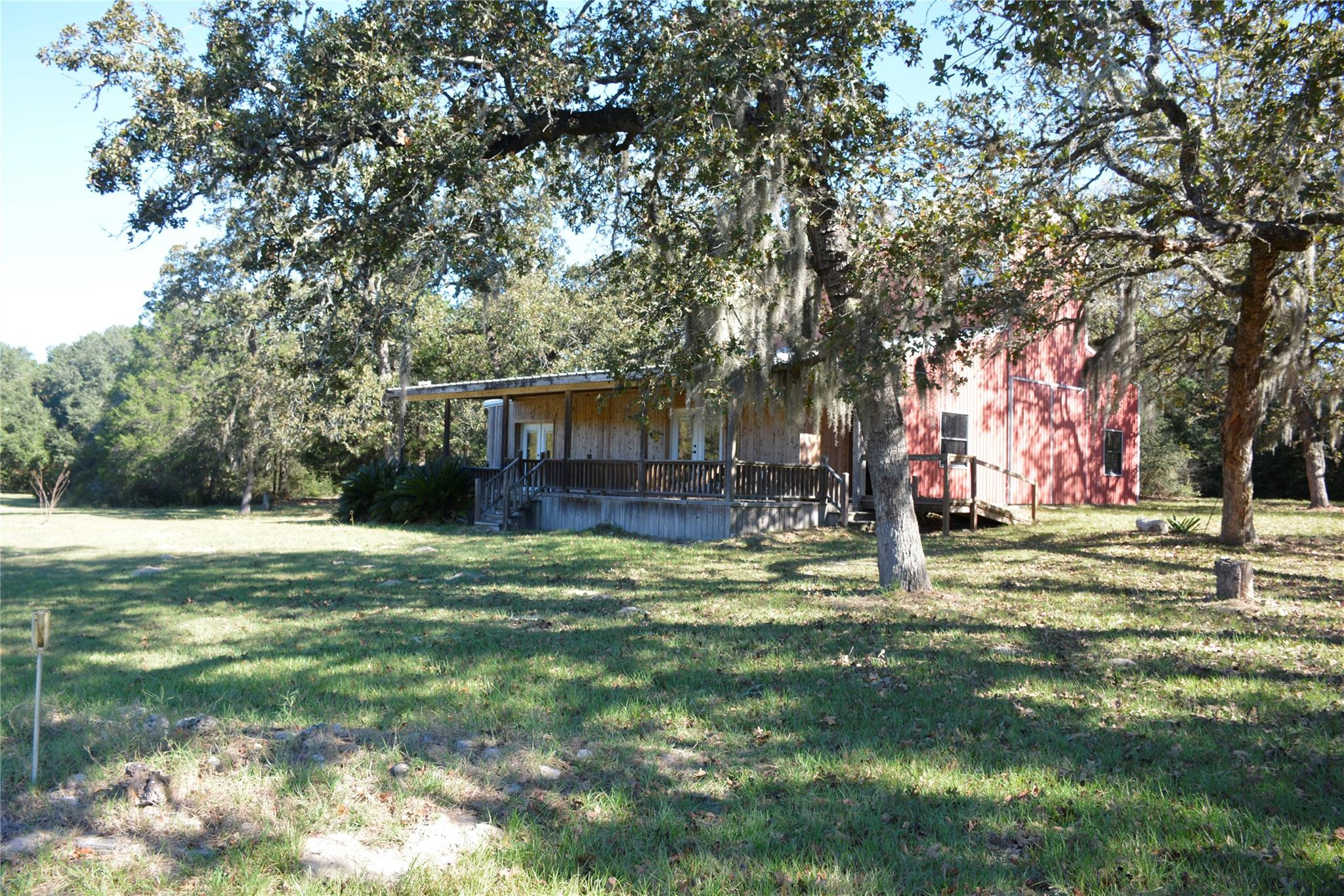 1242 Oil Patch Rd Property Photo