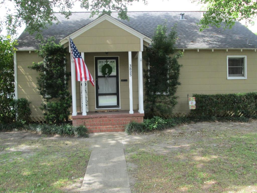 3825 S Hays Avenue Property Photo - Groves, TX real estate listing