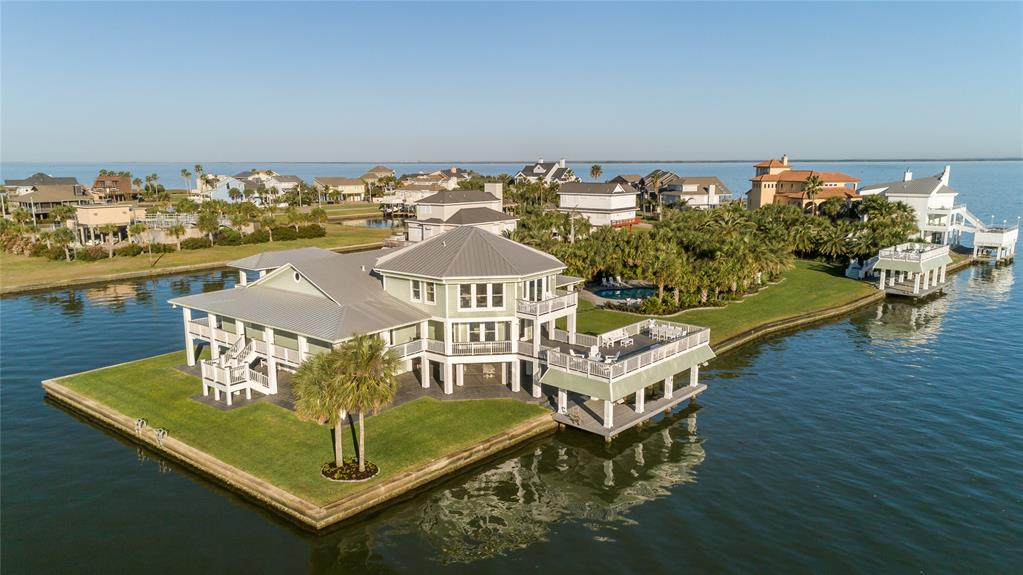 16502 Bayfront Drive, Jamaica Beach, TX 77554 - Jamaica Beach, TX real estate listing