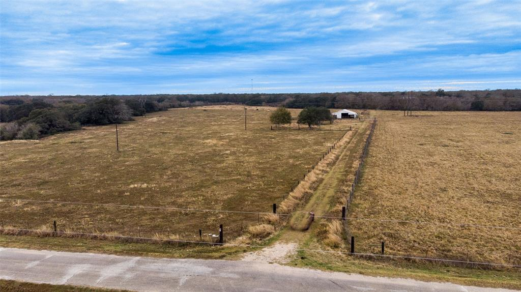 1389 County Road 436, Blessing, TX 77419 - Blessing, TX real estate listing
