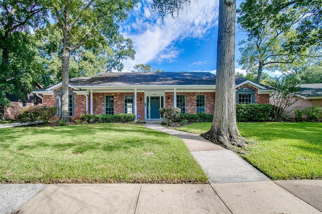 427 Biscayne Boulevard Property Photo - El Lago, TX real estate listing