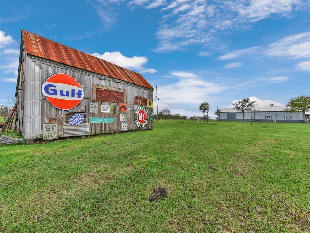 646 Huntington Road Property Photo - Rosenberg, TX real estate listing