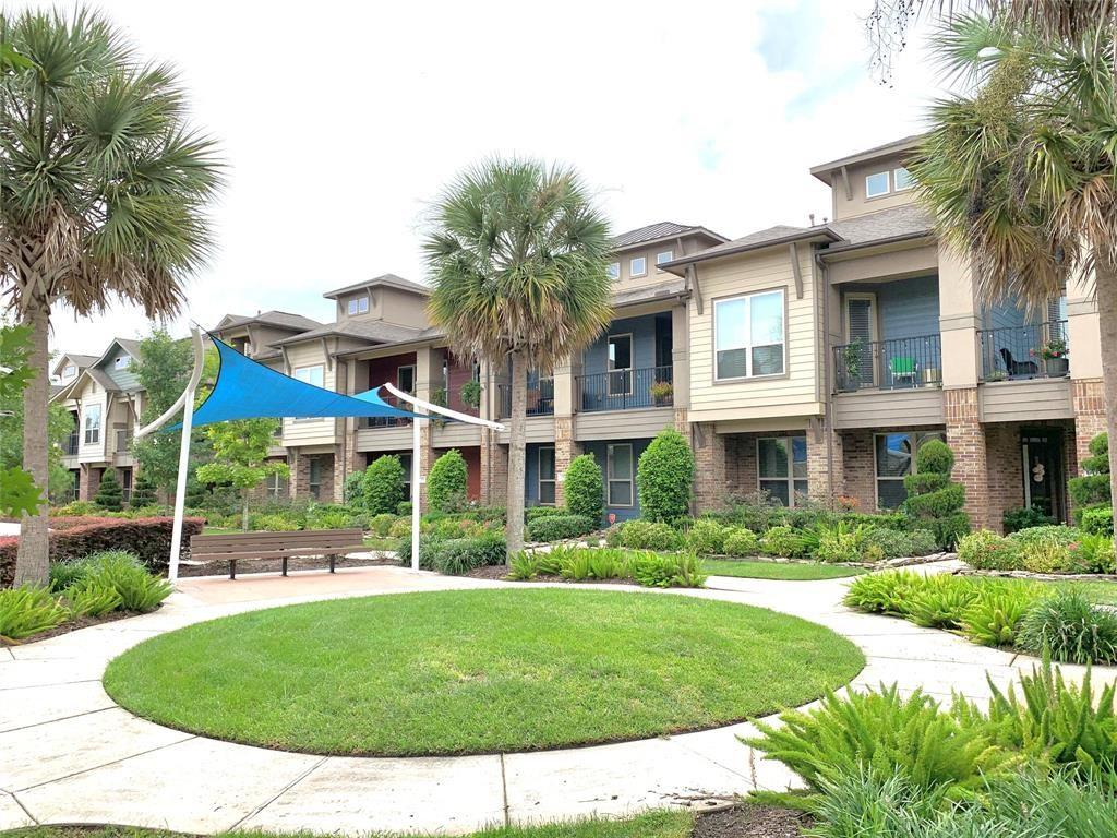 409 Via Regatta Property Photo - Webster, TX real estate listing