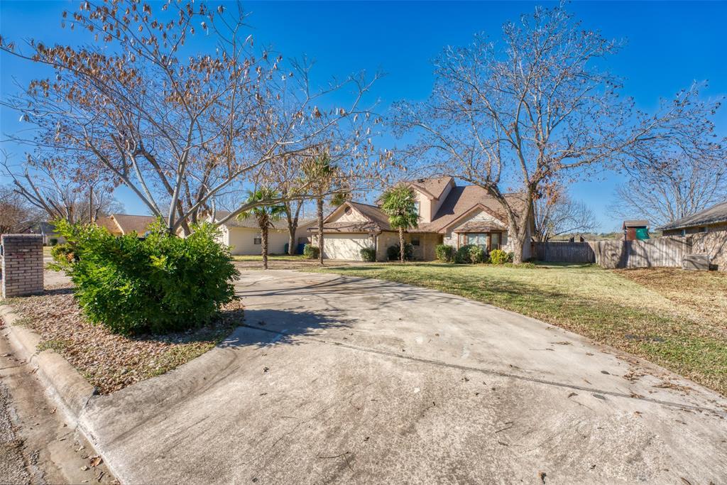 178 Turkey Run, Meadowlakes, TX 78654 - Meadowlakes, TX real estate listing