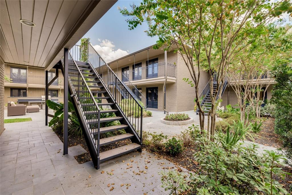 1410 Hyde Park Boulevard #106 Property Photo - Houston, TX real estate listing