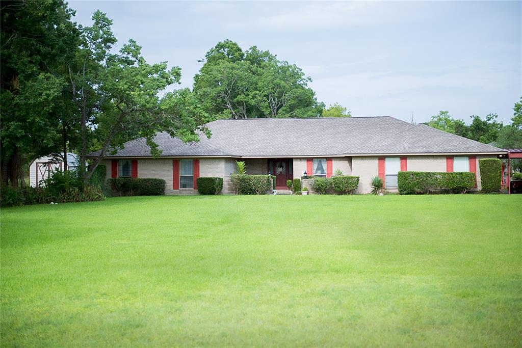 2335 Avenue L Property Photo - Santa Fe, TX real estate listing