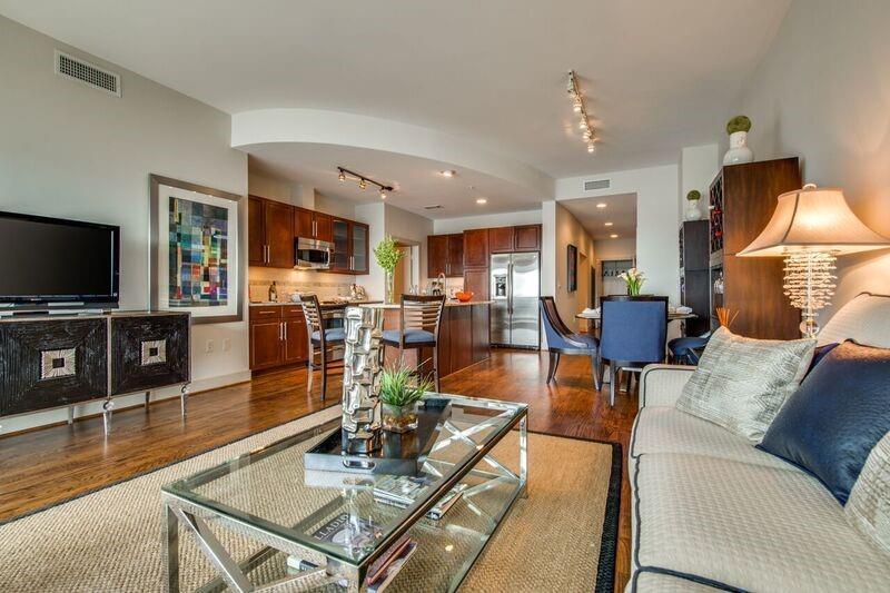 1400 Mckinney Street #409 Property Photo - Houston, TX real estate listing