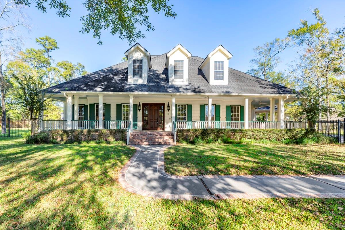 10 Oakleigh Boulevard Property Photo - Beaumont, TX real estate listing