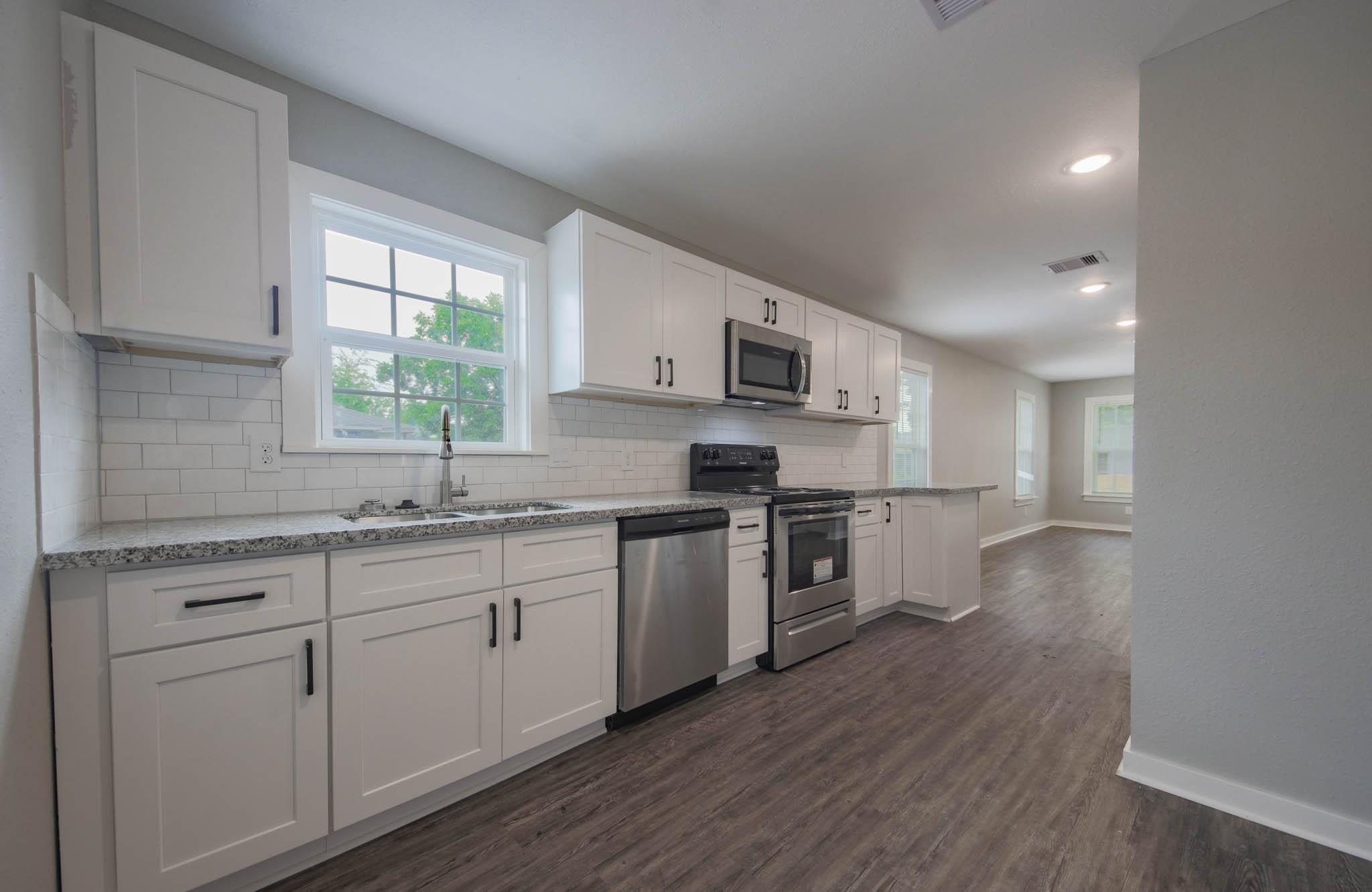 1208 E 33rd Street Property Photo - Houston, TX real estate listing