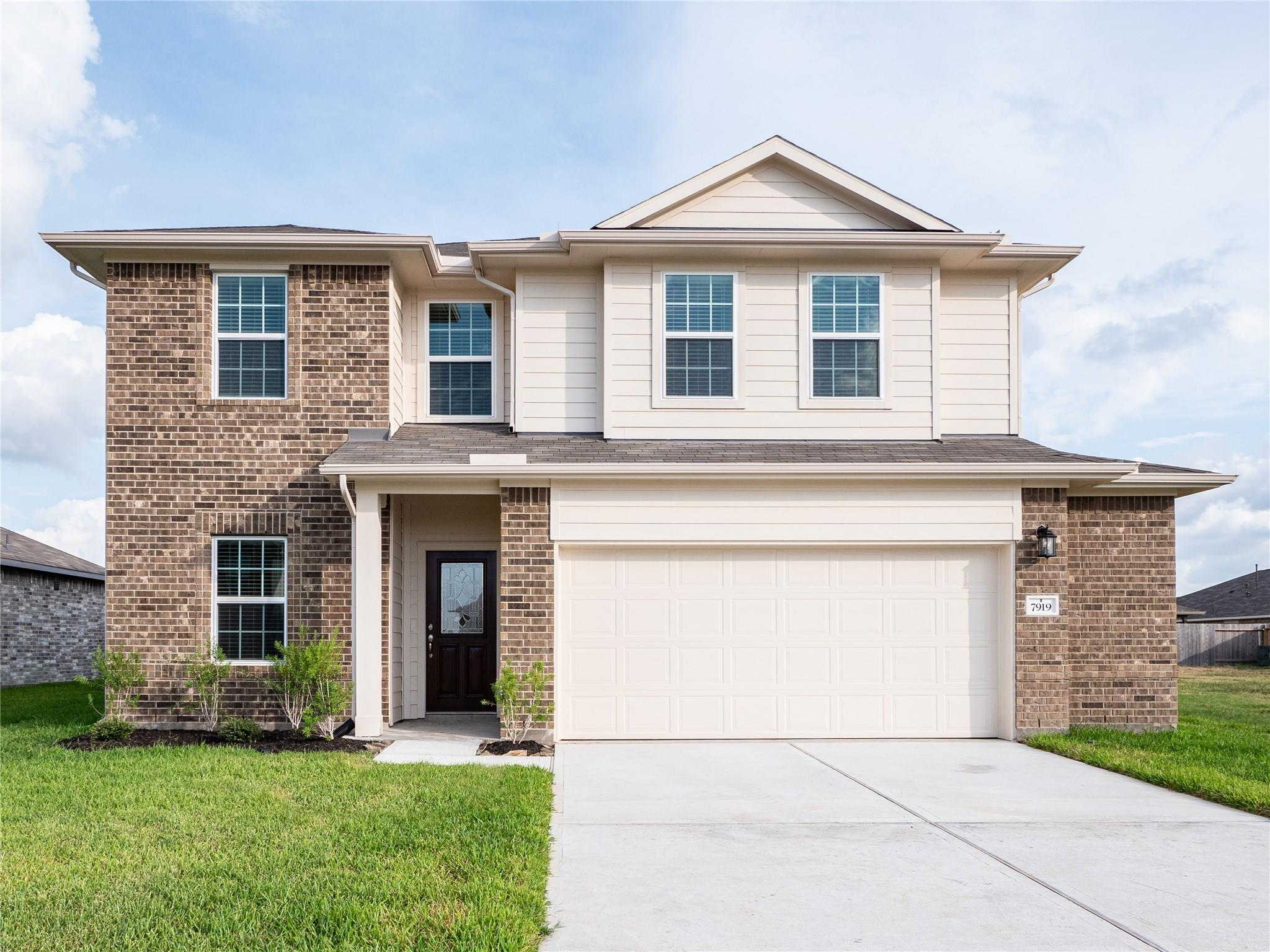 7919 Quartz Lane Property Photo - Texas City, TX real estate listing