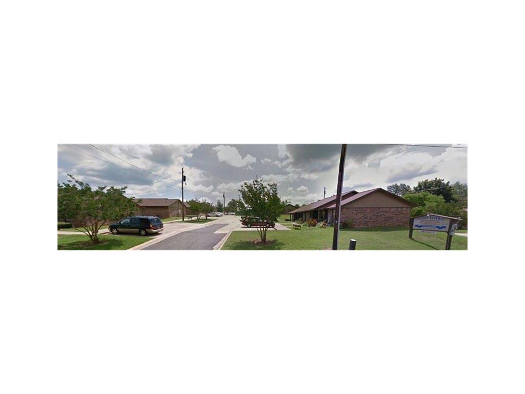 71082 Real Estate Listings Main Image