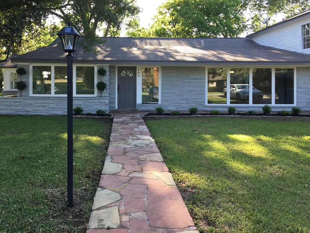 100 N Mattson Street Property Photo - West Columbia, TX real estate listing