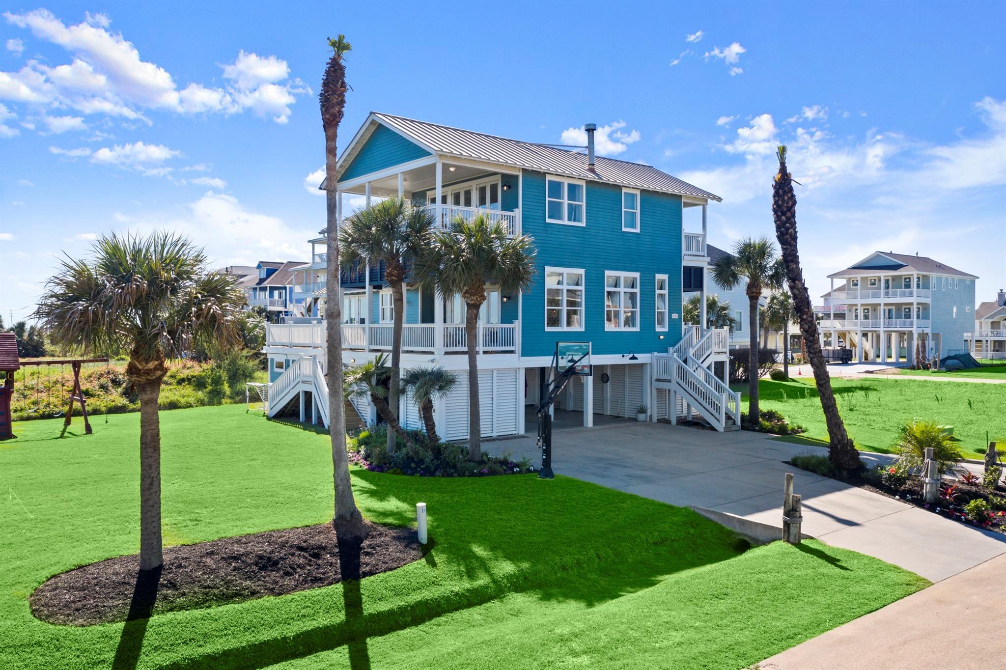 4202 Swashbuckle Property Photo - Galveston, TX real estate listing