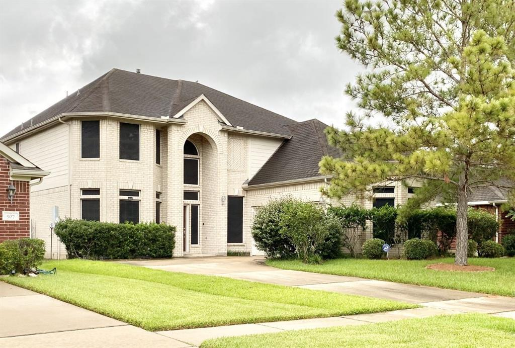 511 Colony Lake Estates Drive Property Photo - Stafford, TX real estate listing
