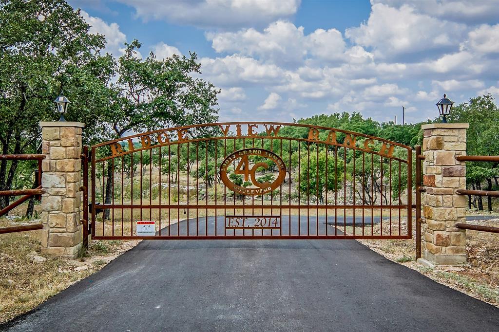 10010 Grand Summit Boulevard Property Photo - Dripping Springs, TX real estate listing