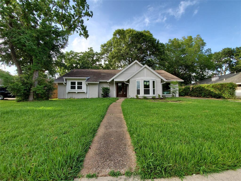 323 Biscayne Boulevard Property Photo - El Lago, TX real estate listing