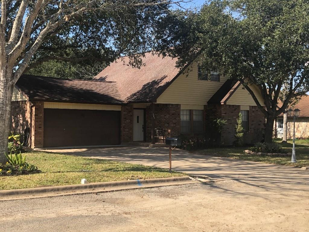 303 Matula Avenue Property Photo - Schulenburg, TX real estate listing